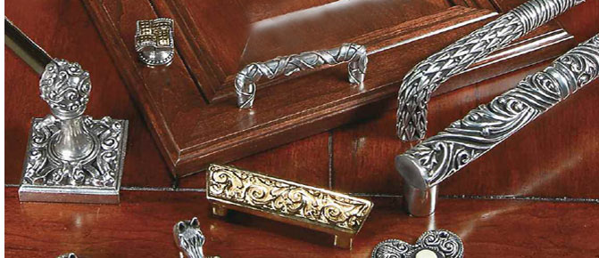 Vicenza Decorative Cabinet Hardware